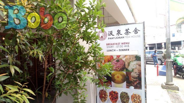 Dari Apotheek Chung Hwa menjadi Pantjoran Tea House
